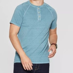 Short Sleeve Henley Shirt - NWT 👕